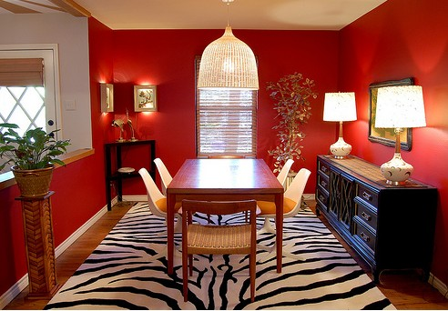 red-dining-room-design